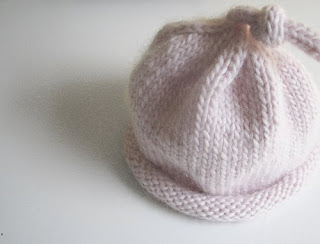 Knitting Pattern Umbilical Cord Hat : June: Umbilical Cord Hat and Booties