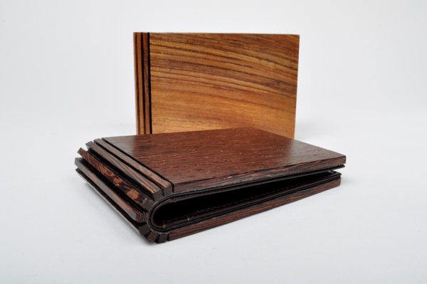 Maison-Martin-Margiela-11-Wood-Wallets_1