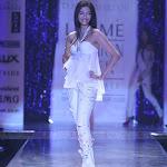 Sonam Kapoor At Lakme Fashion Show