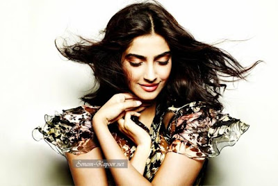 sonam kapoor hot wallpapers