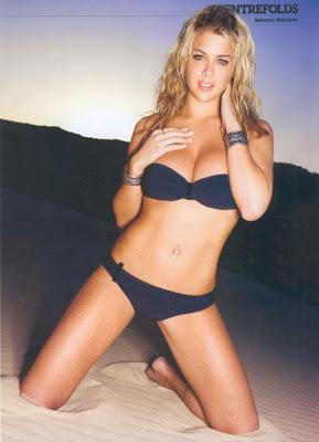 sexy bikini cleavage