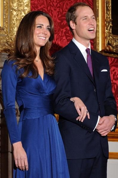 kate middleton blue dress engagement prince william homes for sale. Kate Middleton chose a dress