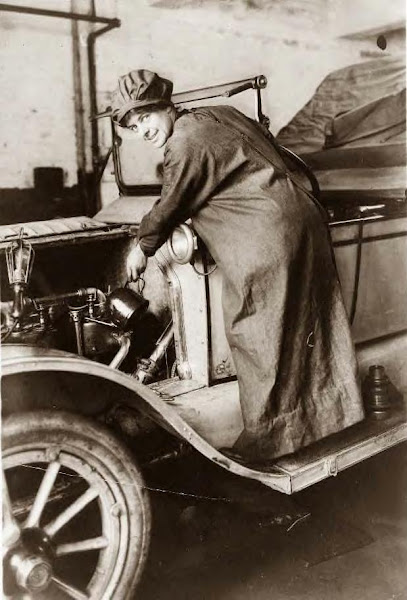 Rosalie Jones, auto salesman, 1920