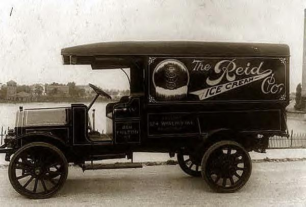 Reid Ice Cream Co. truck 1918