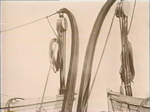 Welin Davits holding Titanic Lifeboats