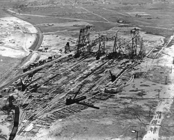 Construction of the Akron Airdock ~