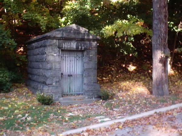 Mustill Mausoleum