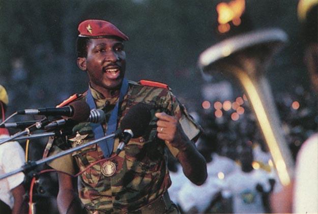 Tomás Sankara - Homenaje al Che Guevara Thomas-Sankara-discourant