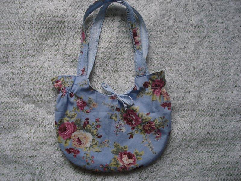 Bolsa Azul com Rosas