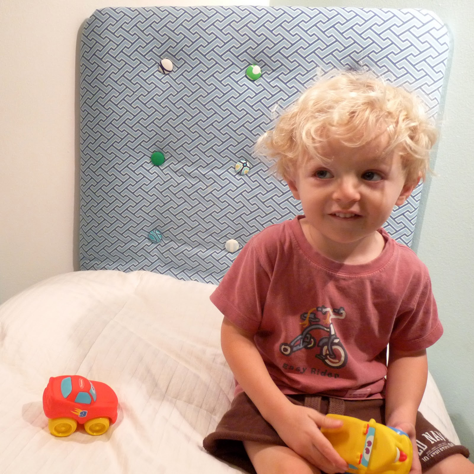 Kojotutorial Upholstered Tufted Headboard For A Toddler Bed