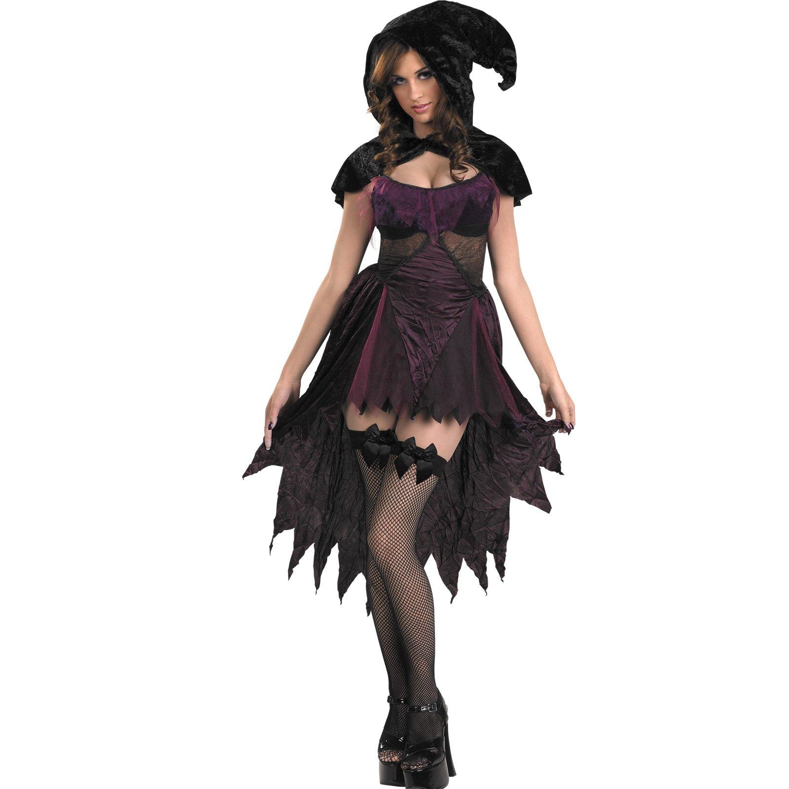 Ola xicas... os he adjuntado unas fotos de disfraces de halloween ...