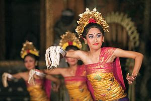 Tari Pendet, Tari Pemujaan Dari Bali