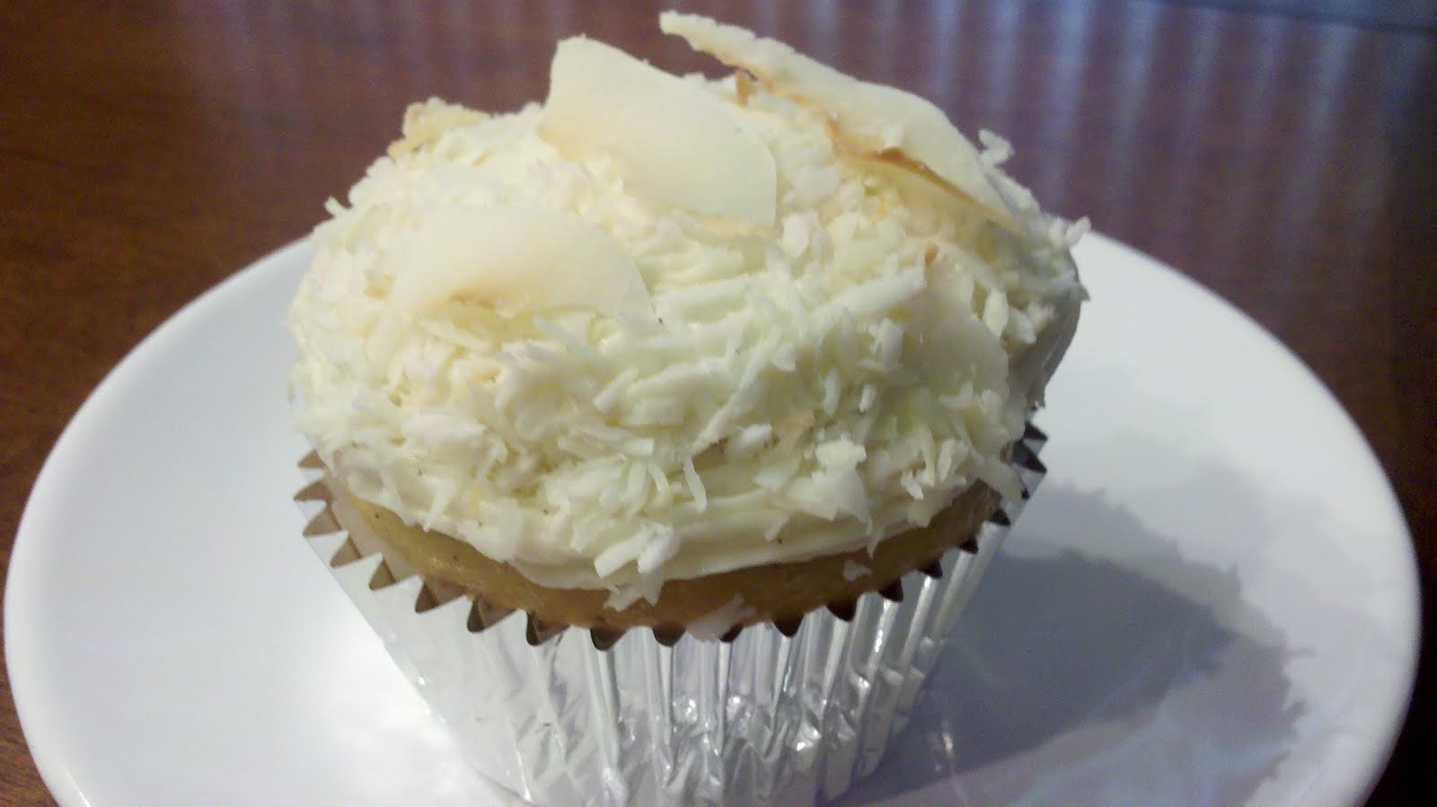 ... Vanilla Bean Cupcakes with Coconut Vanilla Bean Frosting & Toasted