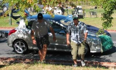 Carscoop Peugeot 308 0 Peugeot 308: Reader snaps Peugeot's upcoming Golf rival