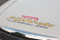 2009 Toyota FCHV adv   007 Toyota May Release Hydrogen Powered Sedan by 2015, Priced Around $50,000
