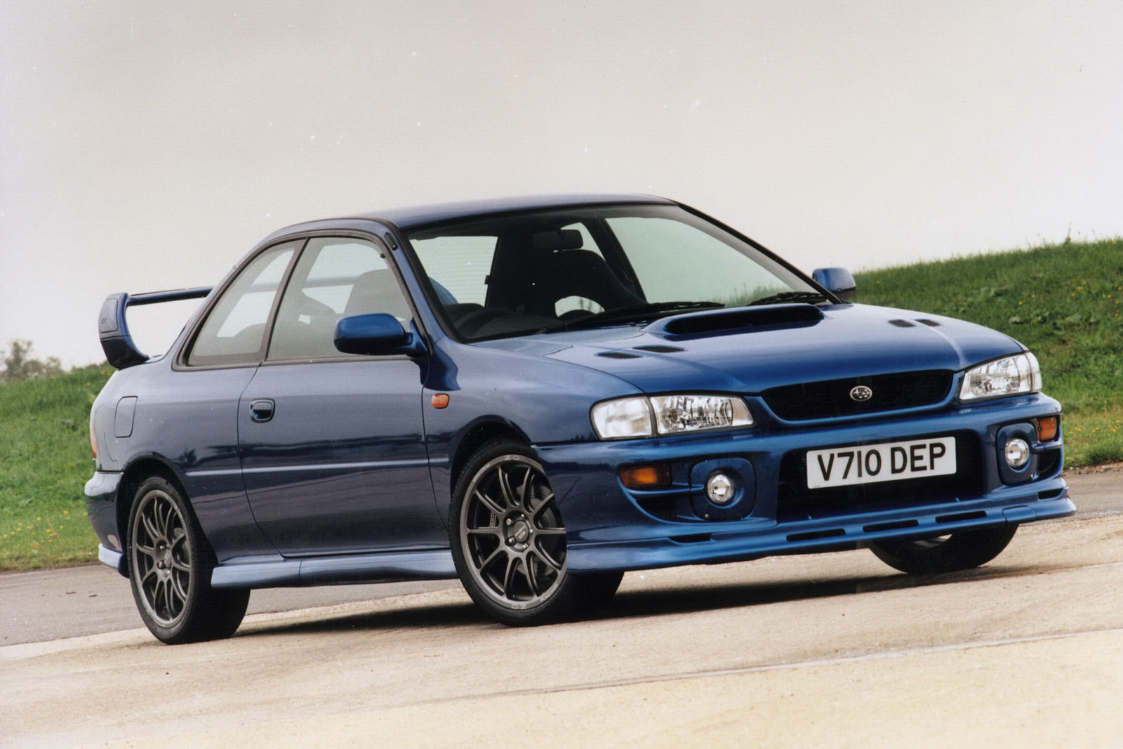 Subaru Impreza P1 Coupe Owners Celebrate 10th Anniversary