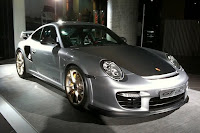 Porsche 911 GT2 RS 2 2011 Porsche 911 GT2 RS: New Photos Surfaces Online