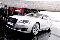 2011 Audi A8 Hybrid 41 Geneva Show: New Audi A8 Hybrid with 2.0 Liter 4 Cylinder Engine Photos