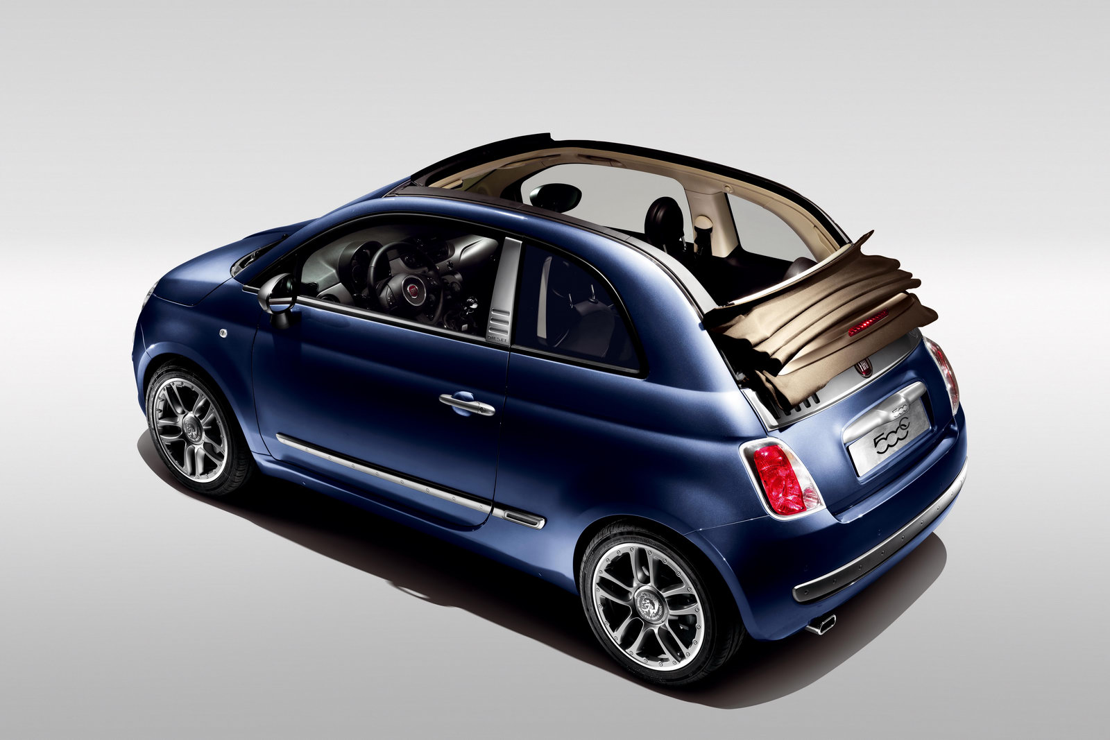 fiat 500 convertible receives the diesel styling treatment carscoops. Black Bedroom Furniture Sets. Home Design Ideas