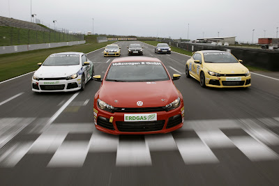 VW Scirocco R Cup 0 Sainz, Brundle, Bell, Laffitte and Biela Return to the Race Track for Scirocco R Cup