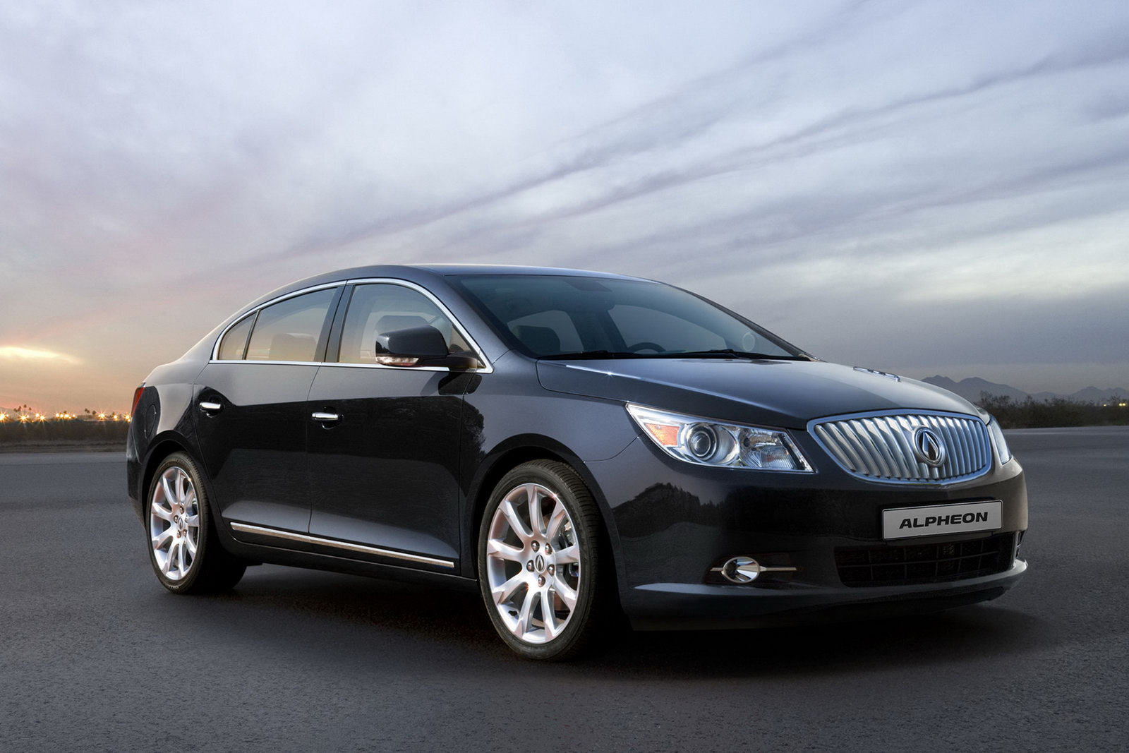 Nice Car Zone Buick S Lacrosse Gets A Daewoo Badge Heads To Korea