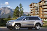 2011 Jeep Grand Cherokee 14 Jeep Releases New Photos and Video of 2011 Grand Cherokee Photos Videos