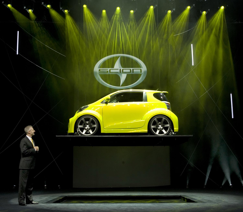 Car Reviews Scion Reveals Iq Concept Pimped By Five
