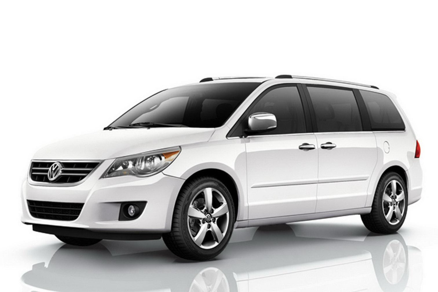 volkswagen usa recalling almost 16 000 routan minivans for fire hazard. Black Bedroom Furniture Sets. Home Design Ideas
