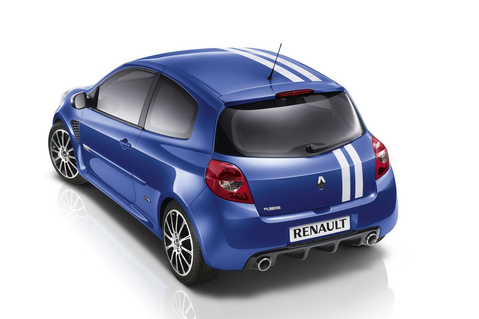 renault clio gordini 200 priced at 19 650 limited to 500. Black Bedroom Furniture Sets. Home Design Ideas