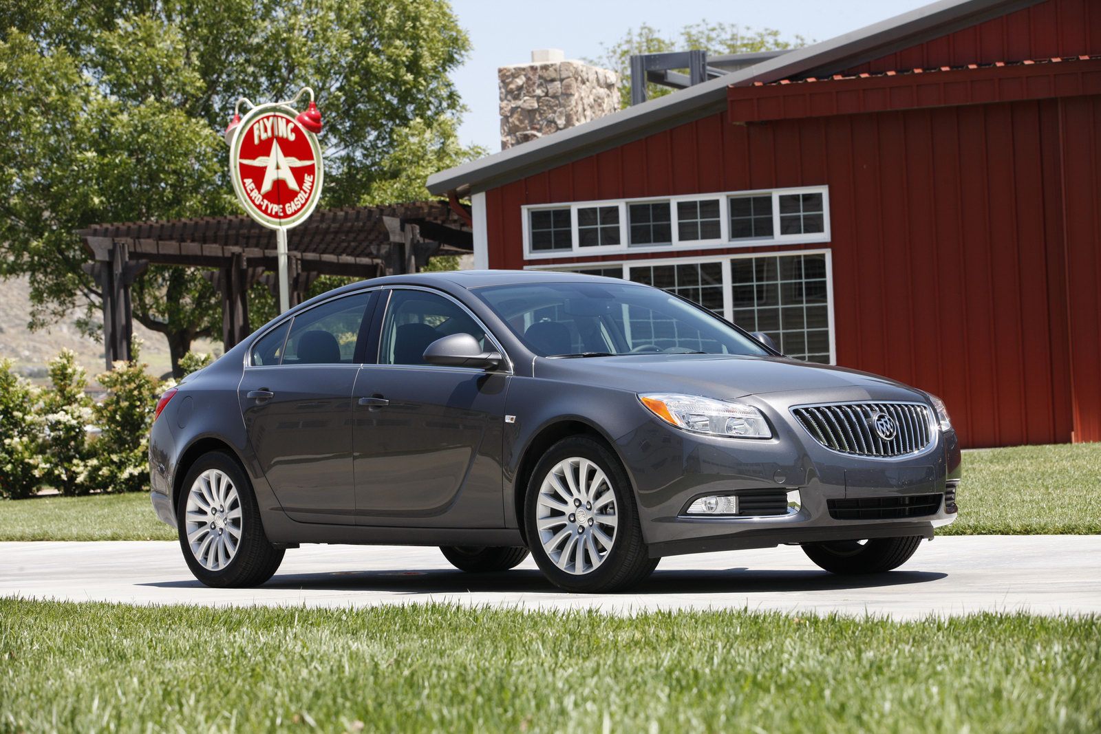 video buick launches first tv ad for 2011 regal touts german engineering. Black Bedroom Furniture Sets. Home Design Ideas