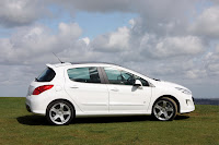 Peugeot 308 GT THP 200 2 New Peugeot 308 GTi Reaches the UK as the 308 GT THP 200