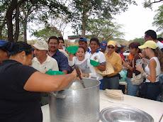 Picadillo criollo degustado por la comunidad unellista