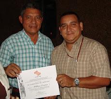 Vicerrector Ruiz exaltó trabajo de homenajeado