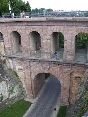 bridge close to Casemates