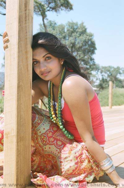 [Gamya_Prasadini_18_asiachicks.blogspot.com.jpg]