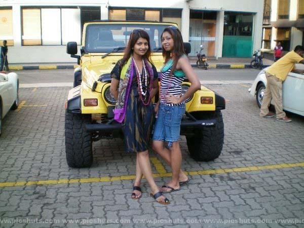 [Gamya_Prasadini_5_asiachicks.blogspot.com.jpg]