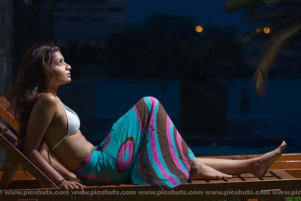 [Gamya_Prasadini_24_asiachicks.blogspot.vom.jpg]