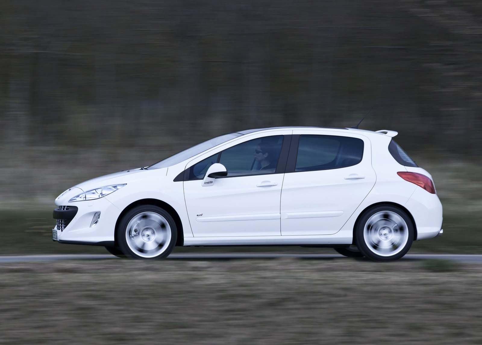http://2.bp.blogspot.com/_FpC-eLEpDtM/TAuy6osG_CI/AAAAAAAAdlQ/yRHBGllVE-Y/s1600/Peugeot_308_GTi_2011_4_topcarpsuperos.blogspot.com.jpg