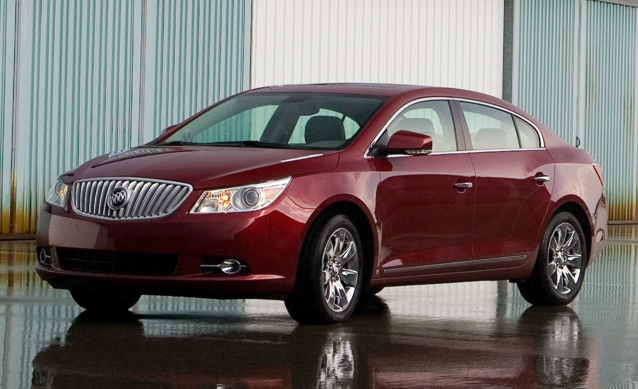 best car and wheels 2010 buick lacrosse cxs. Black Bedroom Furniture Sets. Home Design Ideas