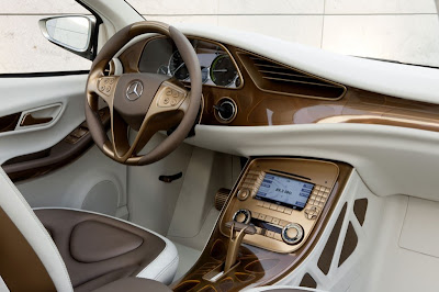 2009 Mercedes-Benz BlueZERO E-CELL PLUS interior