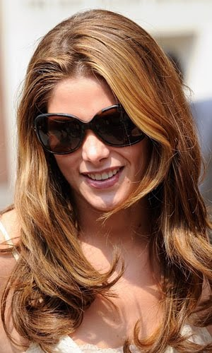 be taking style notes off Ashley Greene and her full-bodied curls.