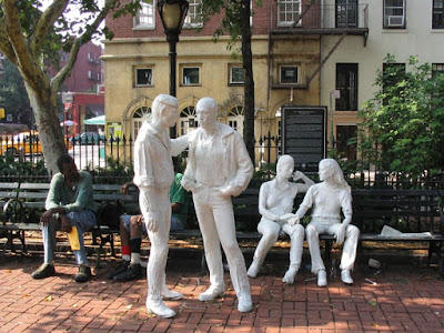 George Segal , sculpture gay