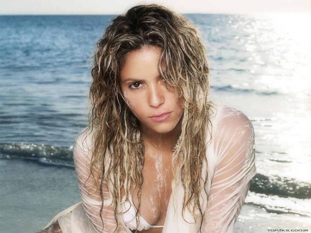Celebrities: Shakira Hot Picture Scarlett Johansson Divorce