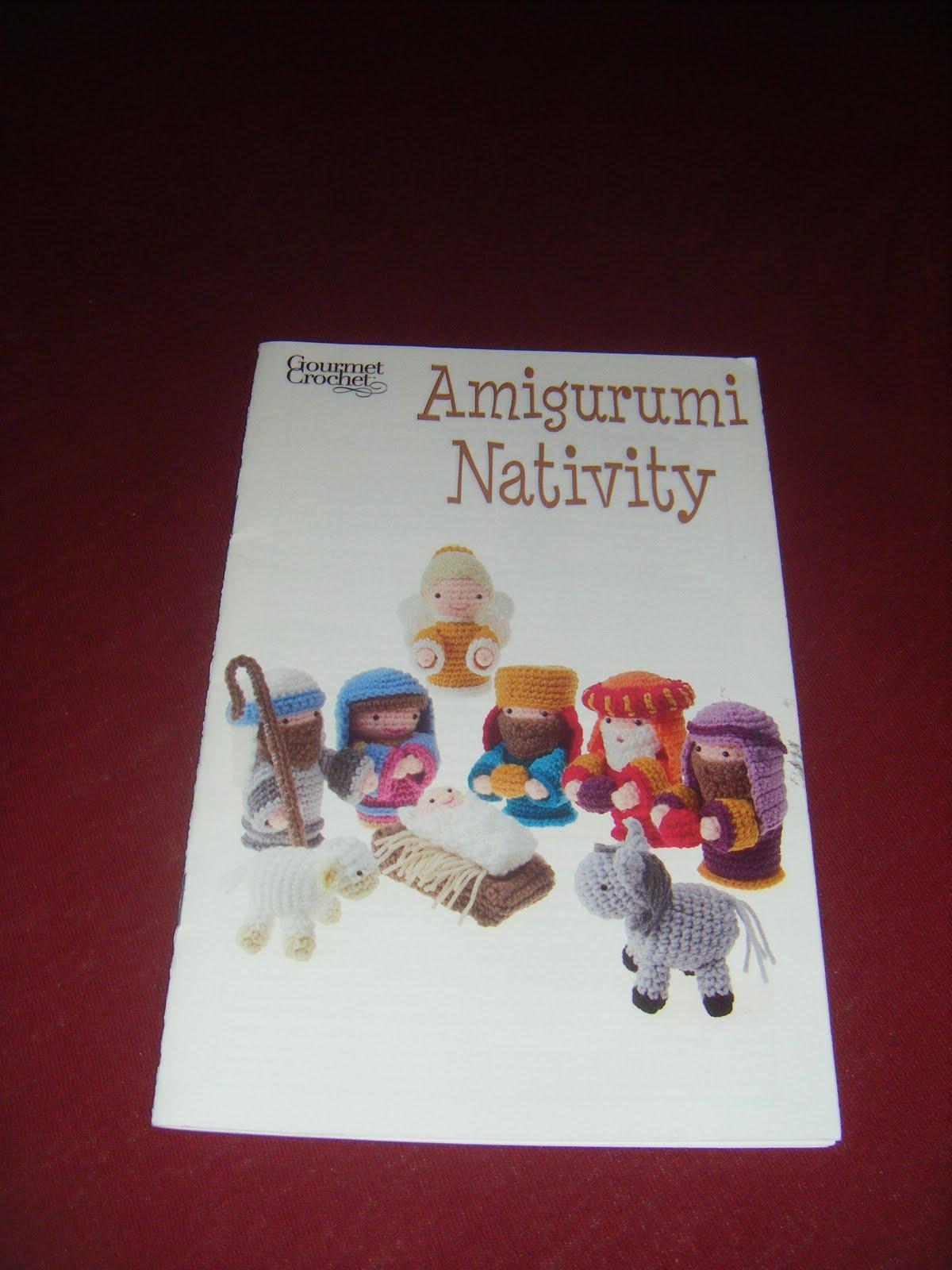 The glorious books!: Amigurumi Nativity
