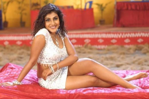 [Most+Hot+Photos+of+South+Indian+Actress+Kausha+(1).jpg]
