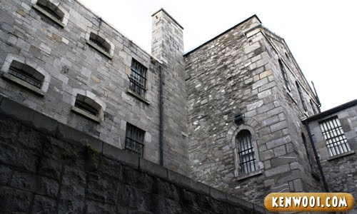 dublin kilmainham gaol walls