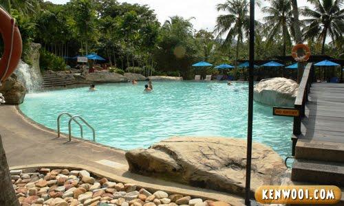 berjaya langkawi swimming pool
