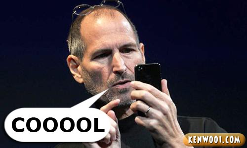 steve jobs with iphone 4