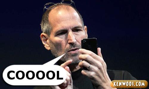 steve jobs with iphone 4