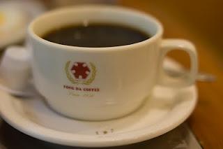 第一站是蜂大咖啡的早餐哦
